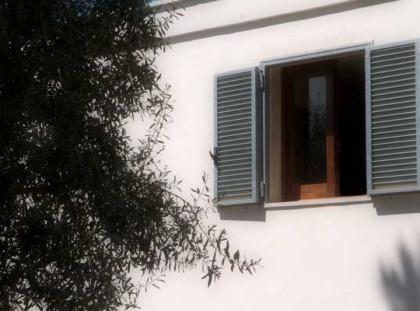 Lamia, Master bedroom Window